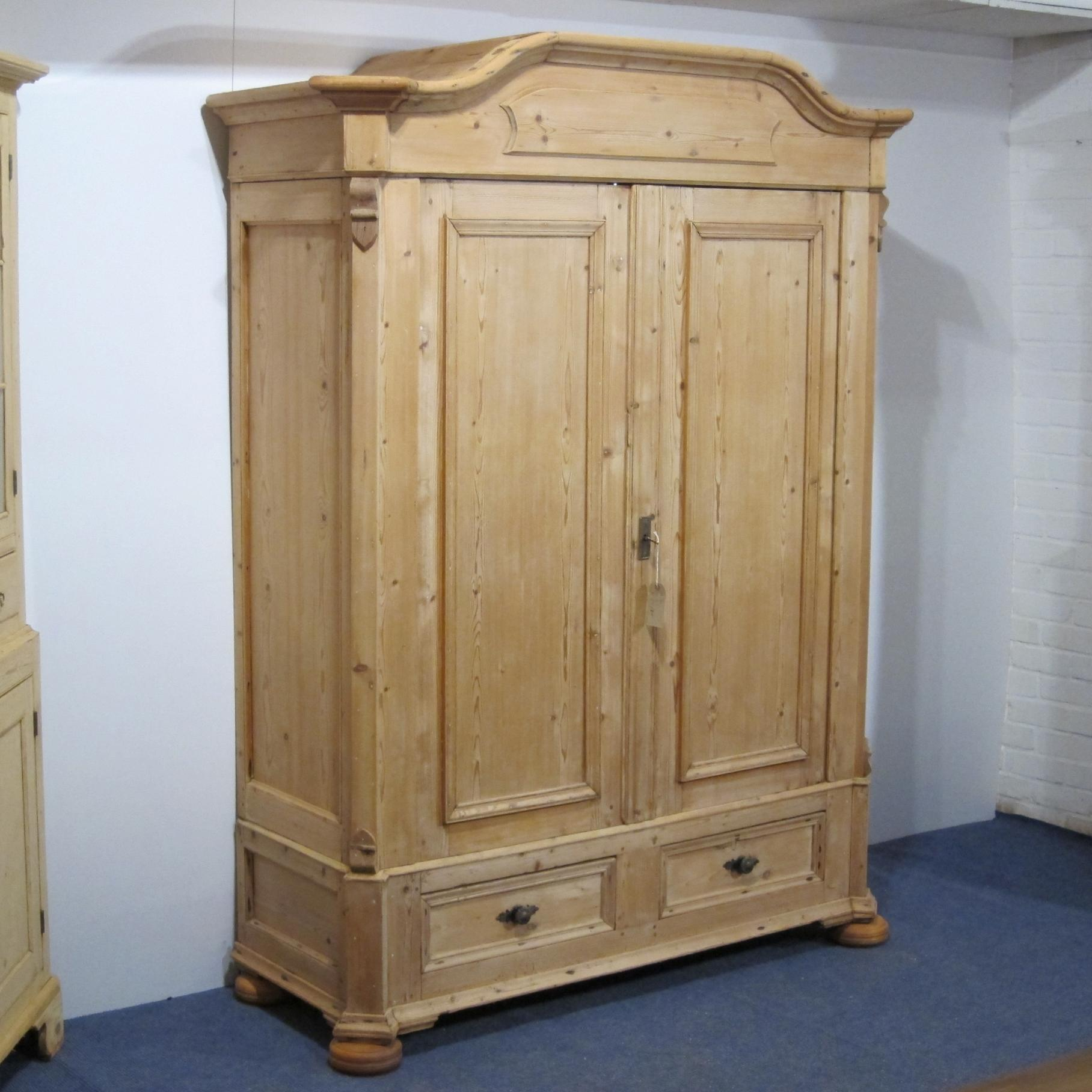 french antique pine double wardrobe cmid 1800s armoires. Black Bedroom Furniture Sets. Home Design Ideas