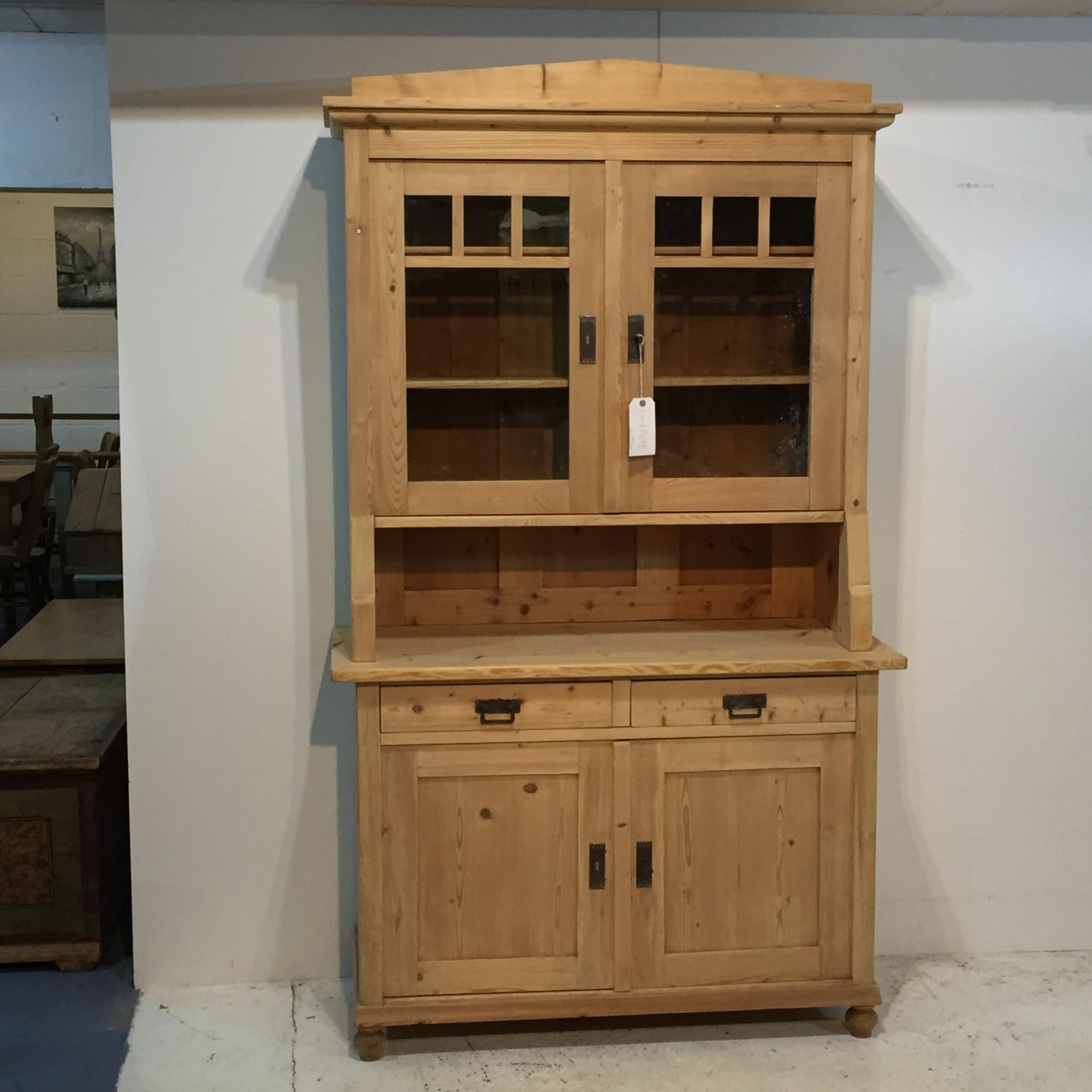 Picture of: Large Antique Pine Dresser Dressers 1677 Anyantiques