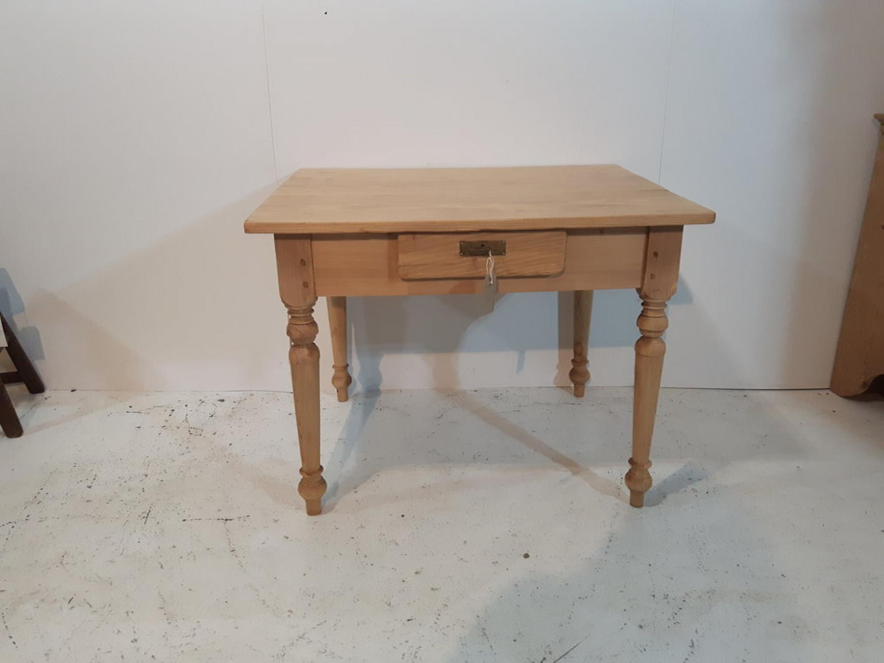 Small Antique Pine Kitchen Table Tables 1667 Anyantiques
